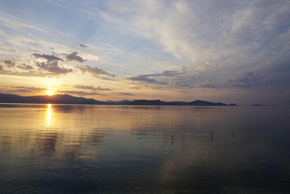 Dawn, 3 June